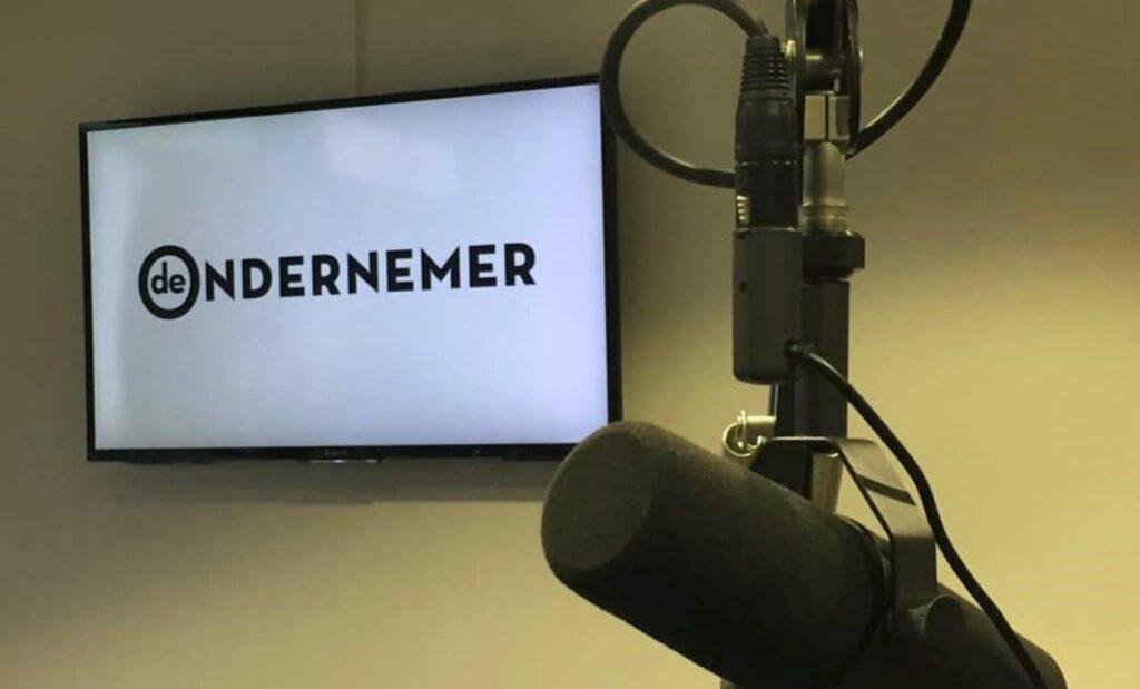 Terugluisteren: Lori van Waes over de retailrecessie in een radio-uitzending van De Ondernemer
